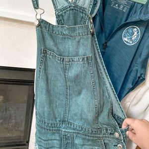 american eagle overalls (short style)